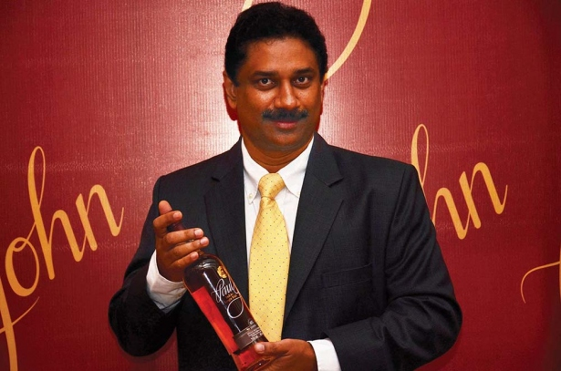 big_307_Paul-John-Chairman-launches-Paul-John-Single-Malt-whiskey-in-Goa--first-in-India_